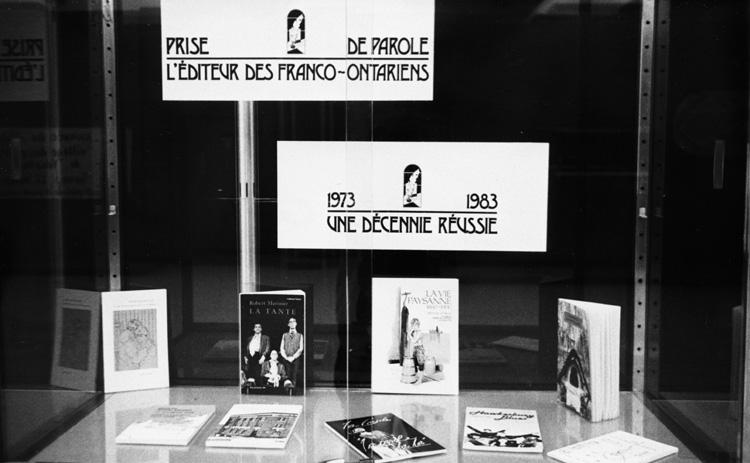 « Exposition de livres dans le cadre du 10e anniversaire de fondation de Prise de parole, 1983 ».