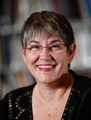 Monique Parisien-Légaré, Adjointe administrative (CRCCF)