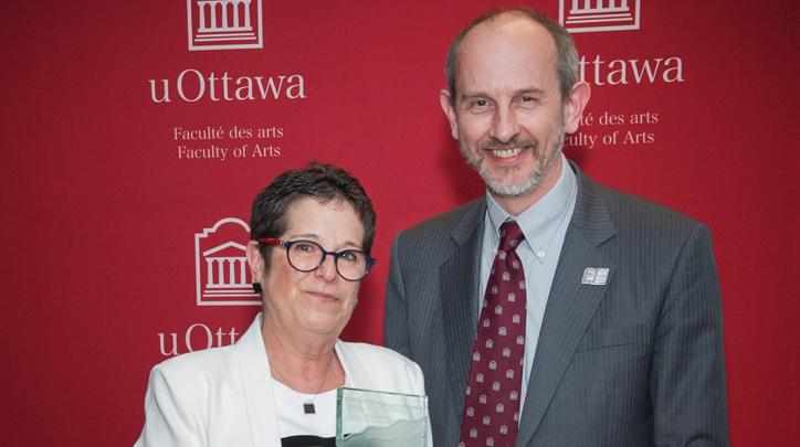 Anne Gilbert nommée professeure de l'année 2015 à la Faculté des arts