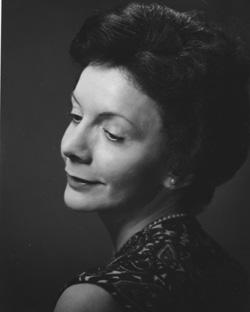 Photographie de Claire Martin, Photo Warrander, Ottawa, ca1964. Université d'Ottawa, CRCCF