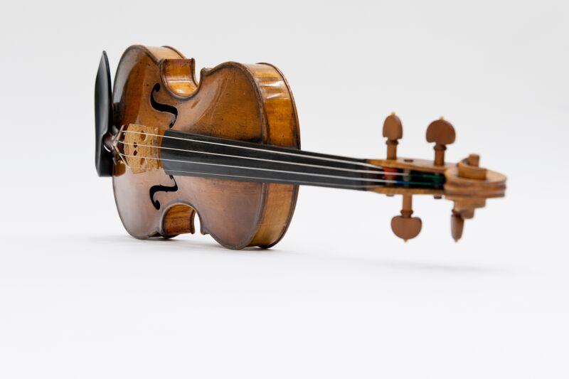 Photo of Landolfi violin