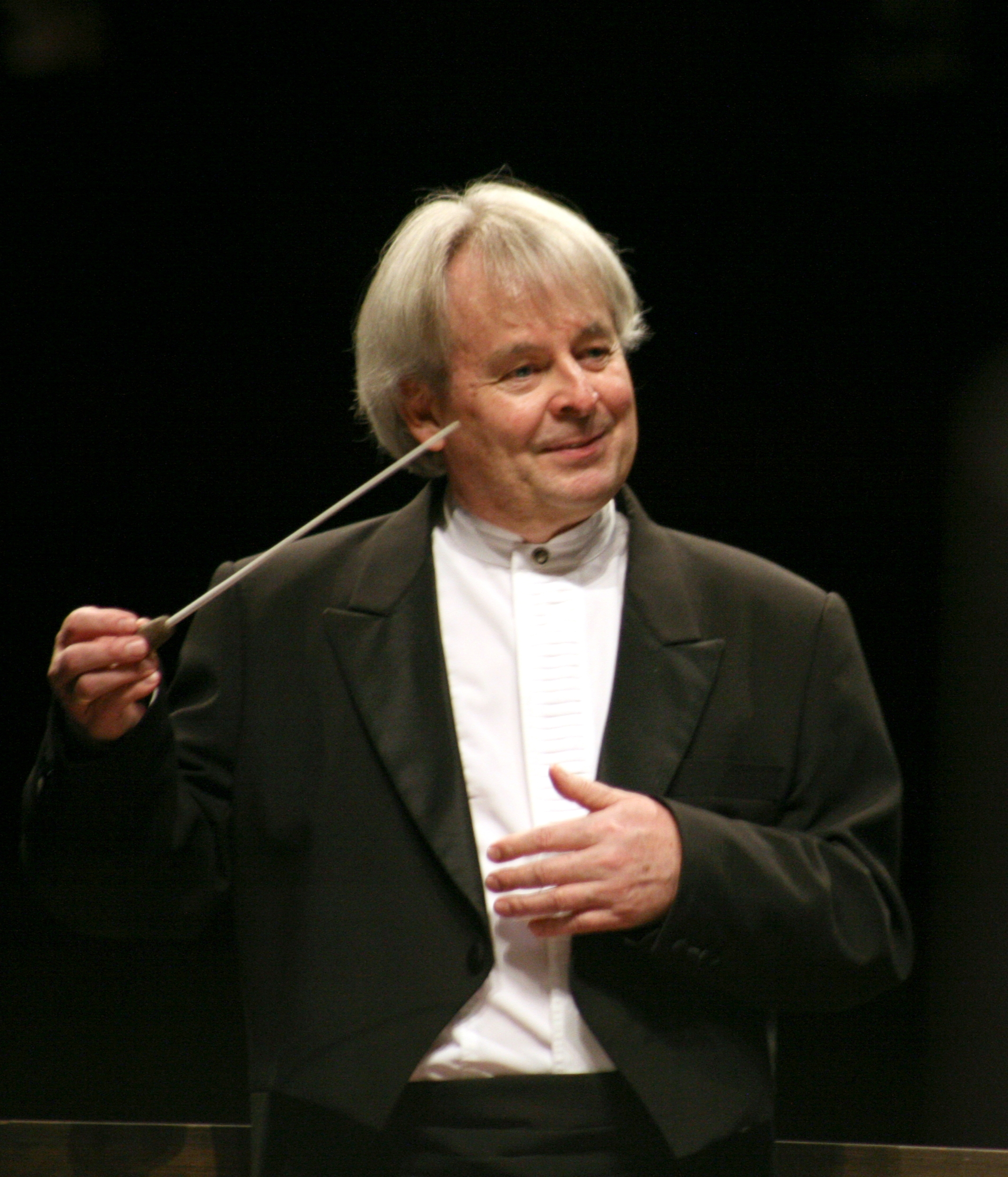 David Currie conducting