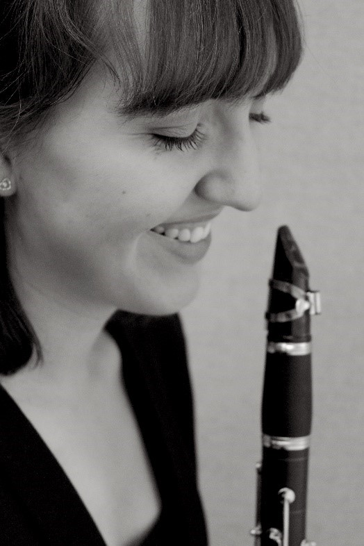 Lindsay Allen with clarinet