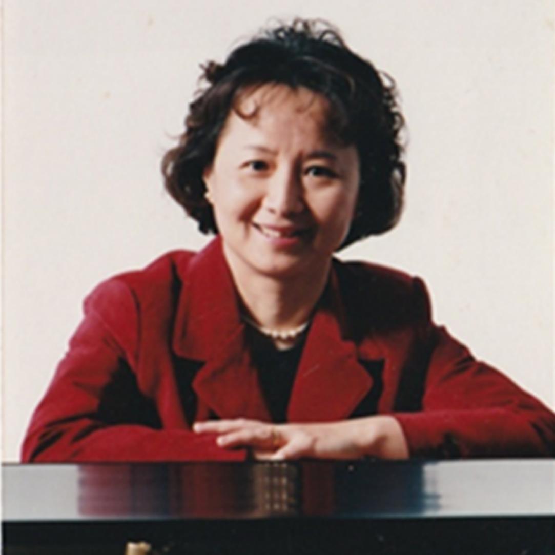 Paula Lin